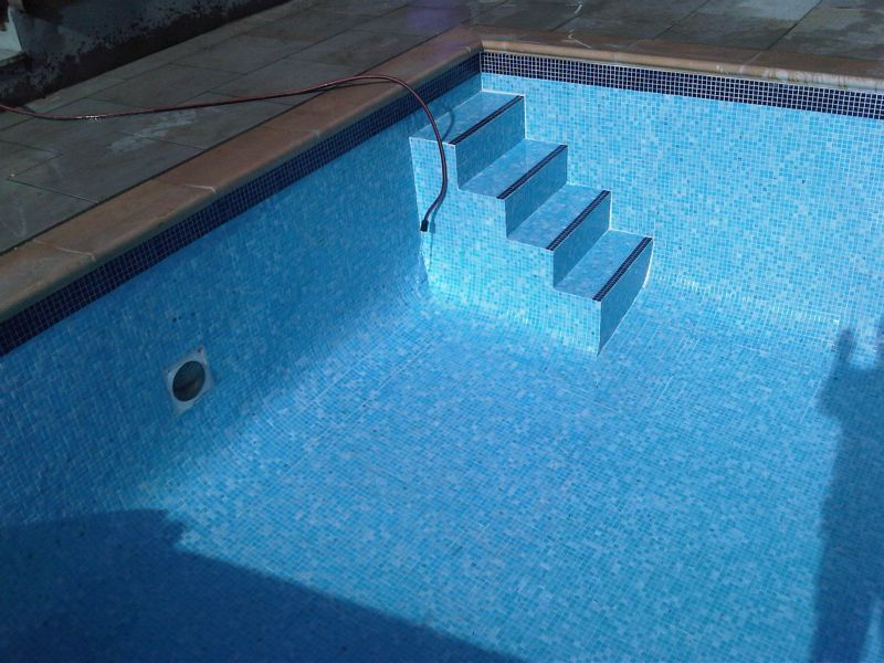 Swimming Pool Steps Bespoke Concrete Swimming Pool Experts Covering Sussex Surrey Kent